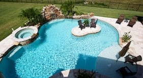 015 - Freeform Island Pool and Spa Overview