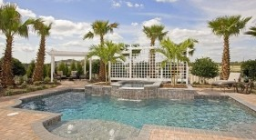 033 - Classic Pool with Raised Spillover Spa