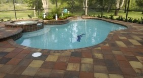 056 - Freeform Pool with Raised Spa