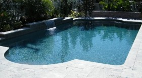 091 - Classic Pool with Sheer Descent Wall