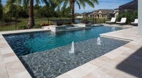 1003 - Classic Sunshelf Pool with Bubblers