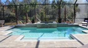 1007 - Classic Pool with Raised Spa