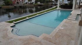 1021 - Classic Sunshelf Pool