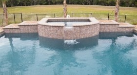 080 - Raised Spa with Spillway