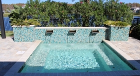 3005 - Square Spa with Scupper Wall